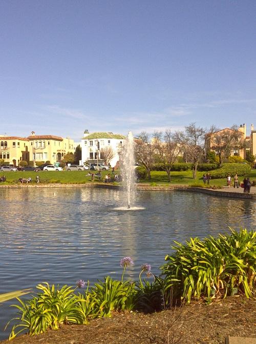 Lagoon & Fountain
